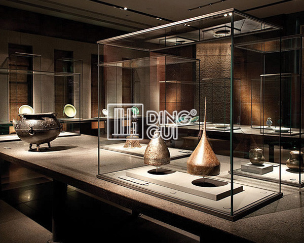 MD09 Tabletop Glass Museum Display Cabinet