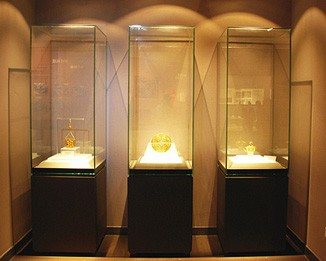 MD13 Luxury Museum Lighting Display Cabinet