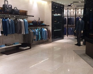 CL05 Custom Men's Clothes Store Design