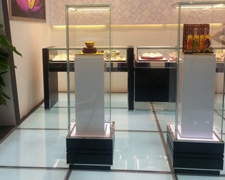 JE41 High End Jewelry Tower Showcase