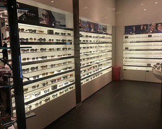 OP33 High End Optical Shop Design
