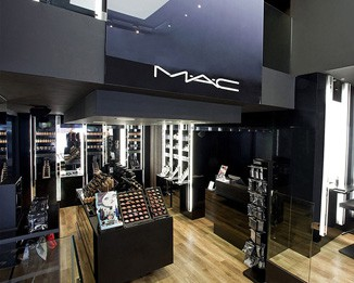 CM13 Luxury Mac Makeup Shop Display