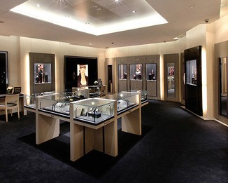 WA10 High End Watch Store Design