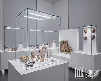 MB60 Profession Custom High End Luxury  Museum Interactive Displays Showcase