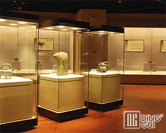 MB58 17Years Hot Sale High End Antique Museum Glass Display Cases