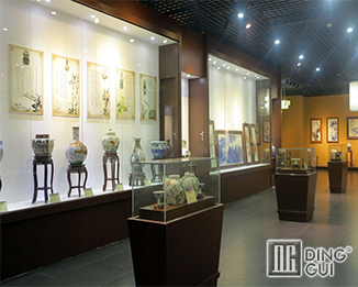 MB71 High End Glass Museum Glass Display Case Manufacturers