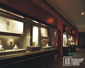 MB79 Profession Custom High End Museum Glass Display Cabinets For Sale