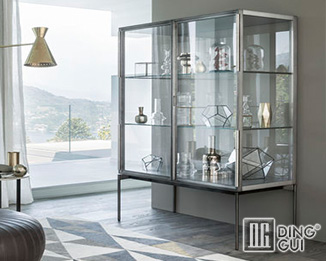 MB106 Profession Custom Design High End Quality Museum Display Showcase Manufacturer