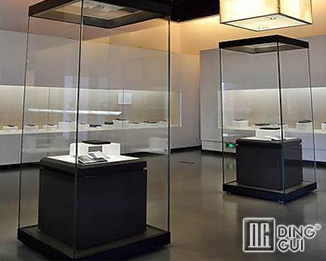 MB130 Wholesale Chinese Guangzhou Antique Museum Glass Display Showcase Furniture Design