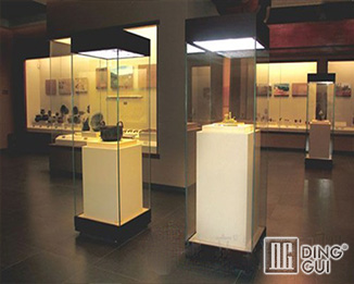 MB133 Wholesale Profession Custom Modern Museum Glass Display Showcase Furniture Design
