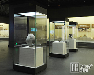 MB145 Wholesale Profession Custom Museum Display Showcase Furniture Design